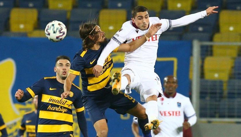 Trabzonspor deplasmanda siftah yaptı