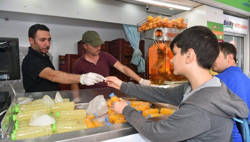 CHP'li Mansur Yavaş, portakal alırken bile israf yapmış!