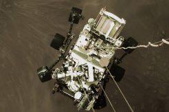 NASA'nın keşif aracı Mars'a indi! İlk görüntüler geldi