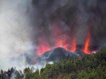 Yanardağın aktif hale gelmesinin ardından bölge halkı tahliye edildi