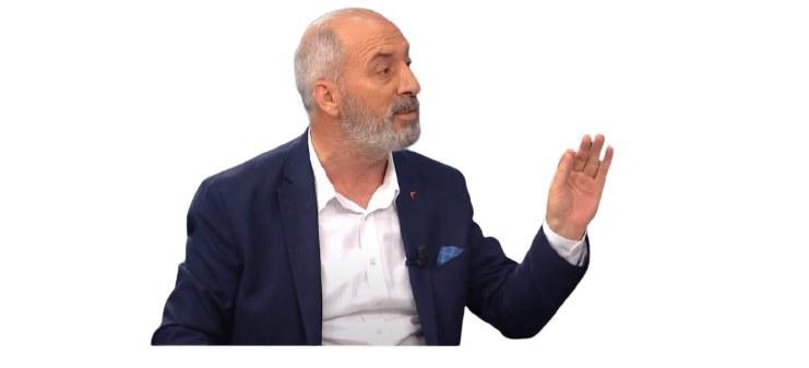 Ekrem İmamoğlu ALTIN ROZETİ kimlere taktığını açıklamak yerine Gazeteci Cengiz Alçayır'ı dava etti!