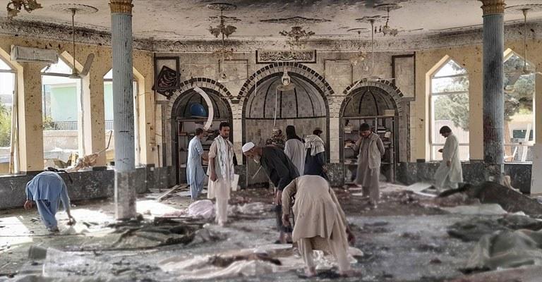 Afganistan'da can pazarı! Camiye bombalı saldırı düzenlendi